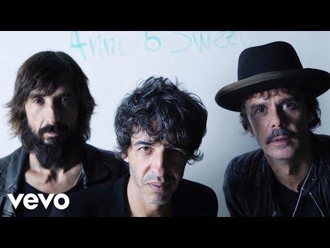 Sidonie - Fascinados ft. Joan Manuel Serrat, Leiva, Vetusta Morla, Ivan Ferreiro, Loquillo