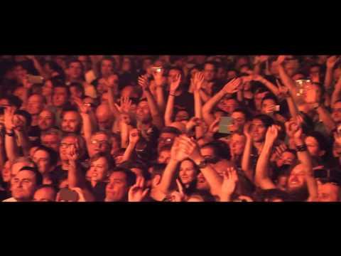 BURNING - Que hace una chica como tú, en un sitio como éste? (Videoclip Oficial)