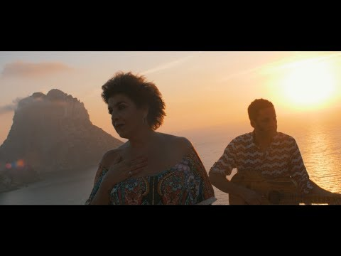 "Amparanoia - ""Somos Viento"" feat. Depedro"