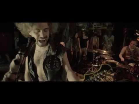 Exiliado - En la vida y en la muerte (Videoclip Oficial)(HD)