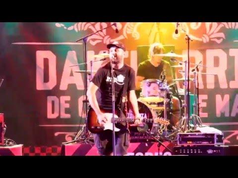 """DAKIDARRÍA """"A Mocidade Activa"""" (Videoclip Live De Cuncas E De Mar)"""