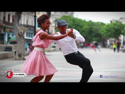 Son elegante Cubano en Paseo del PRADO de La Habana #SalsaCubana #SonCubano #SonModerno