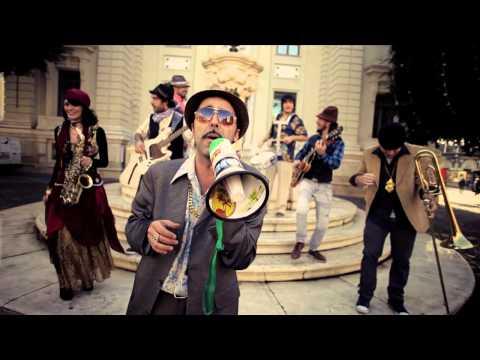 """La Selva Sur 'PGR (Pobre Gente Rica)', videoclip nuevo disco """"Vacaciones en el Infierno"""""""