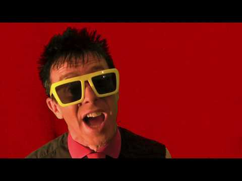 "THE TOY DOLLS ""Richard Clayderman's a Creep"" (Videoclip)"