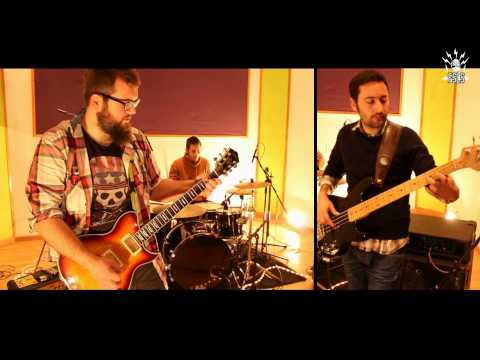 "Favela ""Perseida"" (Fusible Studio Live Sessions)"