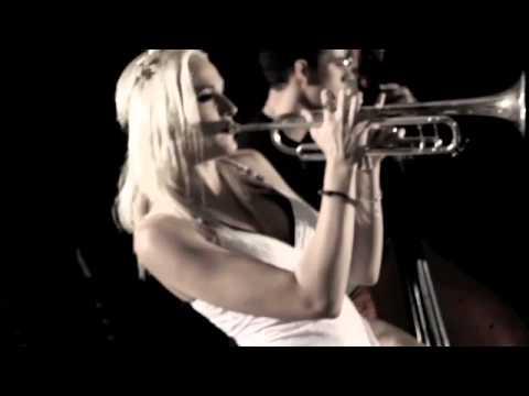 Jenny and the Mexicats - Me Voy a Ir (Tito Lara Session)