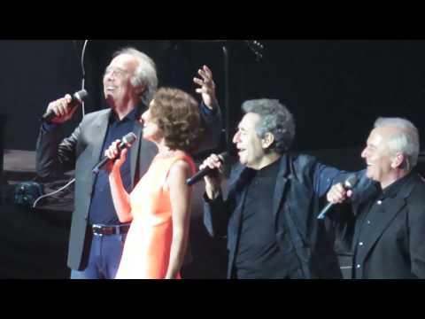 Ana Belén, Joan Manuel Serrat, Víctor Manuel, Miguel Ríos - Fiesta (Santiago-Chile 2017)