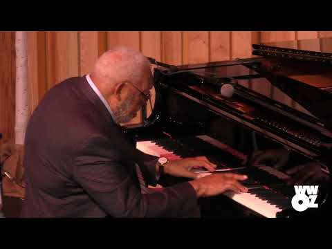 "Ellis Marsalis: ""Twelve's It"" - Live from New Orleans Jazz & Heritage Center (2018)"