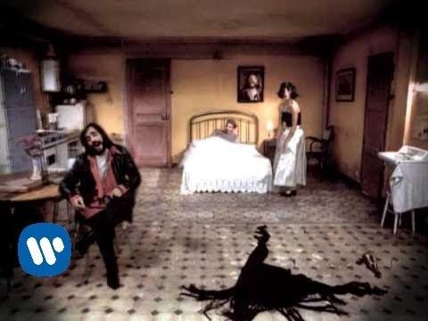 MARTIRES DEL COMPAS - Tu hielo (Video clip)