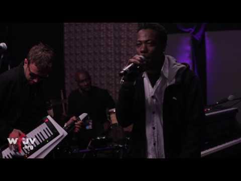"Gorillaz (feat. Peven Everett) - ""Strobelite"" (Live at WFUV)"
