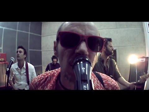 Dolores - LA TARAMBANA (videoclip oficial)