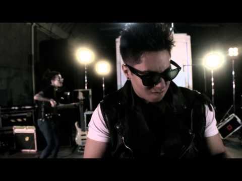Deville - Money Ages (OFFICIAL MUSIC VIDEO)