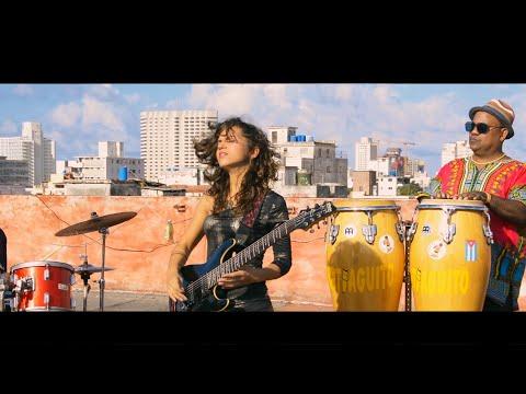 El Mundo de Sofía band ft. Santiaguito y sus Tambores - Boomerang (promo video)