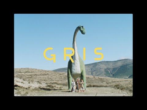 Uniforms - Gris (Videoclip Oficial)