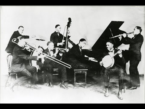 Sidewalk Blues - Jelly Roll Morton's Red Hot Peppers - 1926