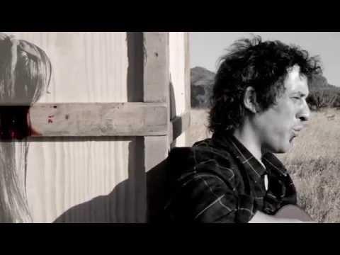 Videoclip Pierrot- Slave of your inside walls