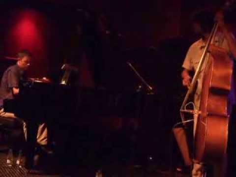 """FEDERICO DE LINOS LATIN JAZZ TRIO / Bogui Jazz, 28 de Julio 2012, """"Chucho"""""""