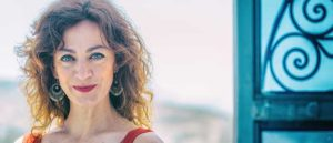 Carmen París, inconfundible voz y audacia creativa