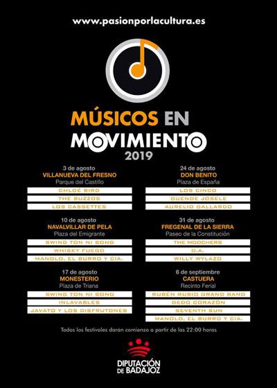 músicos en movimiento